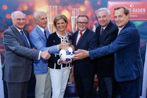 Casinos Austria lud zum Fußball-Mulatschag