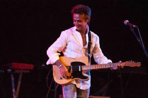 Casino Innsbruck: Gitarrenvirtuose Luca Olivieri feiert 40 Jahre Bühnenpräsenz