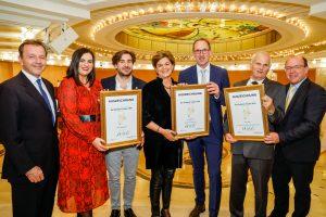 """Casino Baden: Winzerhof Kiss bekommt """"Goldene Traube"""" verliehen"""